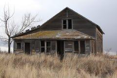 Vuelta de la casa de la granja del siglo Foto de archivo libre de regalías