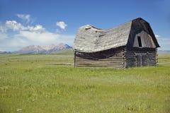 Vuelta histórica del granero del siglo y del rancho abandonado en el valle centenario, TA Fotos de archivo libres de regalías