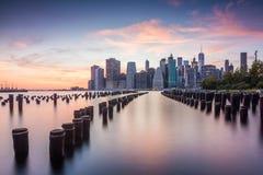 Vues étonnantes de lever de soleil pour abaisser Manhattan Images stock