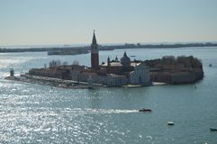 Vues aériennes de la tour de Campanille du monastère de San Giorgio Maggiore On The Island de San Giorgio Maggiore In Venice photographie stock libre de droits
