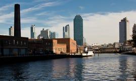 Vues de ville du Long Island de parc d'état de plaza de portique Industriel à la transformation moderne 2018 photographie stock