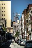 Vues de voisinages et de rue de ville de San Francisco le jour ensoleillé photographie stock libre de droits