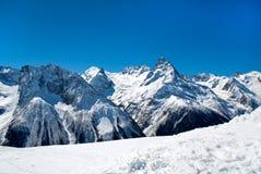 Vues des montagnes d'hiver Photo libre de droits