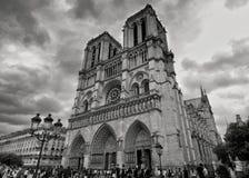 Vues orageuses de Notre-Dame photo stock
