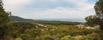 Vues panoramiques des montagnes et de la mer Photo libre de droits