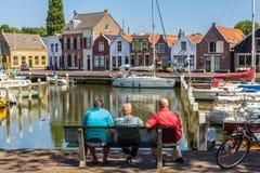 Vues renversantes au-dessus de port néerlandais historique de yacht Photographie stock libre de droits