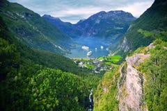 Vues renversantes du Geirangerfjord Le comté de plus d'og Romsdal norway Photos stock