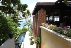 Vues scéniques des paysages avec les éléments architecturaux en Koh Samui Photos stock