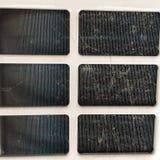 Vuil stof op compressor van airconditioner Het heeft bruin en zwart, de verschijning zoals de spinnewebben royalty-vrije stock foto's