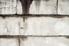 Vuile oude muur van concrete blokken Stock Foto