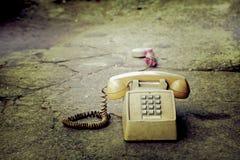 Vuile oude telefoon Stock Foto