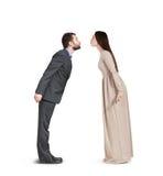 Vuist tonen en vrouw die neer kijken Royalty-vrije Stock Fotografie