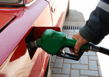 Vul van benzine op Stock Afbeeldingen