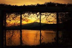 Vulcão de Etna da montagem na ação fotos de stock royalty free