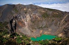 Vulcão de Irazu. imagens de stock royalty free