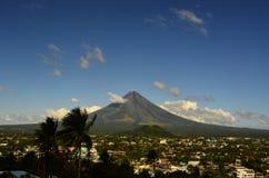 Vulcão de Mayon em Filipinas foto de stock