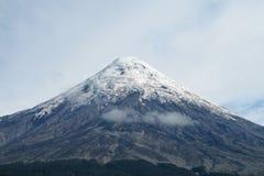 Vulcão de Osorno no Chile fotos de stock