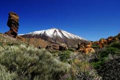 Vulcão de Toppped da neve Imagem de Stock