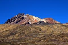 Vulcão dormente Tunupa, Salar de Uyuni, Bolívia fotos de stock