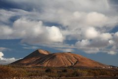 Vulcão em Fuerteventura Foto de Stock Royalty Free