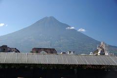 Vulcão em Guatemala Foto de Stock Royalty Free