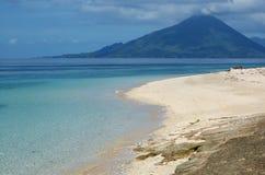 Vulcão em Indonésia. Foto de Stock