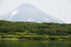 Vulcão em Kamchatka fotografia de stock royalty free