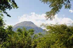 Vulcão Nicarágua de Momotombo imagens de stock royalty free