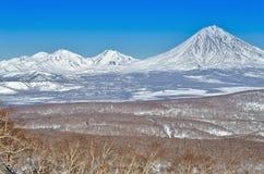 Vulcani della penisola di Kamchatka, Russia. Fotografie Stock Libere da Diritti