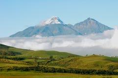 Vulcani di Iliniza Sur Iliniza Norte nell'Ecuador Fotografia Stock Libera da Diritti