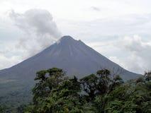 Vulcano di Arenal in Costa Rica Fotografie Stock Libere da Diritti