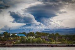 Vulcano di Klyuchevskoy, Kamchatka Fotografia Stock Libera da Diritti