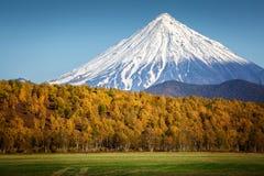 Vulcano di Koryaksky, Kamchatka fotografia stock