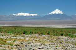 Vulcano di Licancabur, le Ande Fotografia Stock