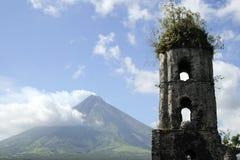 Vulcano di Mayon Fotografia Stock Libera da Diritti