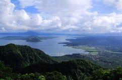 Vulcano di Taal nelle Filippine Fotografie Stock