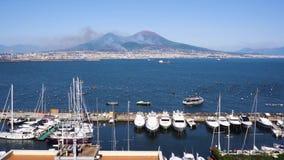 Vulcano di Vesuvio e di Napoli, Italia stock footage