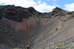 Vulcano estinto la residenza del diavolo nel parco nazionale Pali Aike nel sud del Cile fotografia stock