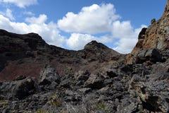 Vulcano estinto nel parco nazionale Pali Aike nel sud del Cile fotografia stock
