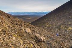 Vulcano non specificato e estinto sul Kamchatka, Russia immagini stock libere da diritti
