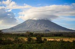Vulcano sull'isola di Ometepe, Nicaragua immagini stock libere da diritti