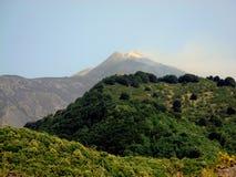 Vulcano zet Etna op Royalty-vrije Stock Afbeeldingen