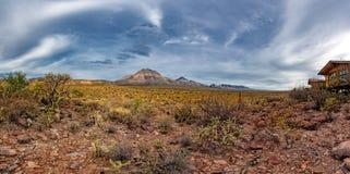 Vulkaan drie het panorama van virginsbaja Californië Sur stock foto's