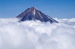 Vulkaan Koryaksky Stock Afbeelding