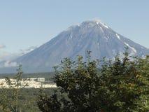 Vulkaan op Kamchatka Stock Afbeelding
