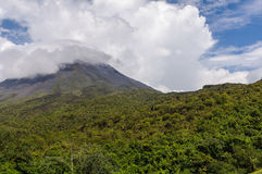 Vulkan Arenal Lizenzfreies Stockfoto