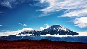 vulkan av Kamchatka timelaps arkivfilmer