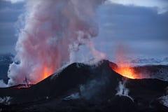 vulkan för anakutbrottindonesia krakatau Royaltyfri Foto