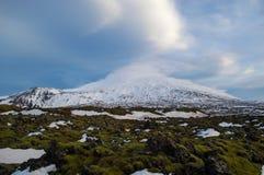 Vulkan- och lavafält i Island Royaltyfri Bild