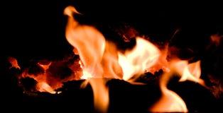 Vulkanglut mit Flammen Lizenzfreie Stockbilder